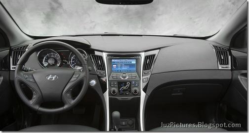 2011-Hyundai-Sonata-19