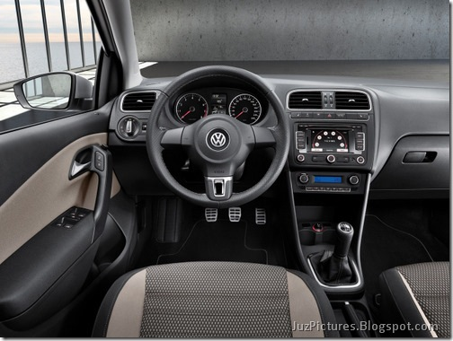 Volkswagen-CrossPolo-4