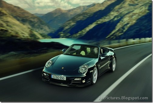 2011-Porsche-911-Turbo-S-7