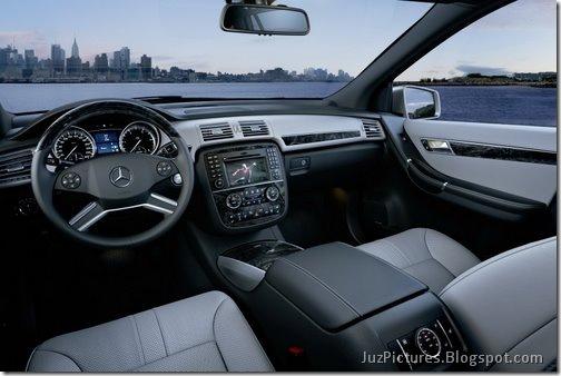 2011-Mercedes-R-Class-21