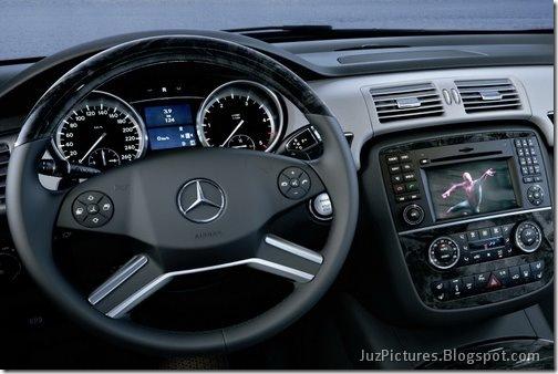2011-Mercedes-R-Class-22