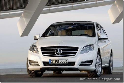 2011-Mercedes-R-Class-26