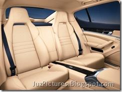 porsche-panamera-rear-seats