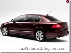 2009_Skoda_Superb-Side-View