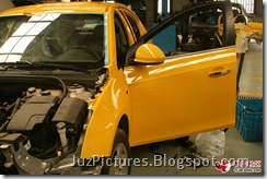 Chevy-Cruze-Bumblebee-side-door