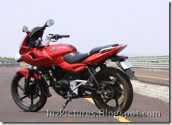 2009-bajaj-pulsar-220cc-red