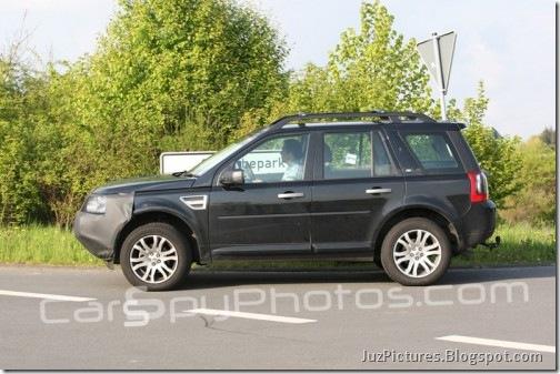 2011-Land-Rover-freelander-4