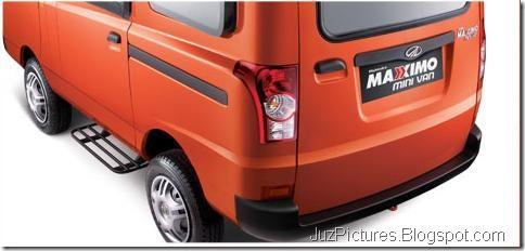 mahindra-maxximo-mini-van-rear