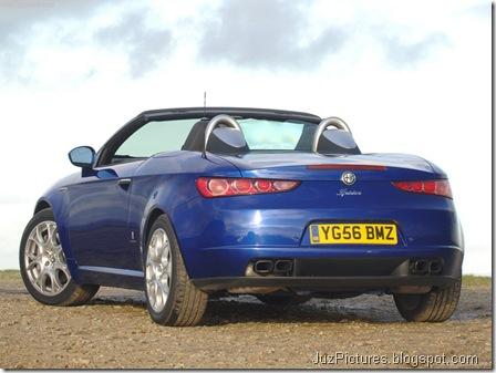 Alfa Romeo Spider UK Version14