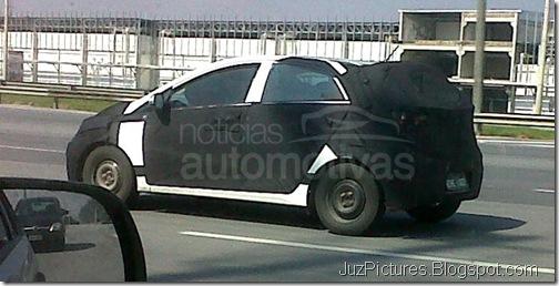 Hyundai-i15-HB-side