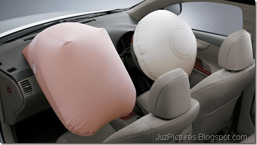 Toyota-Corolla-Altis-facelift-airbags