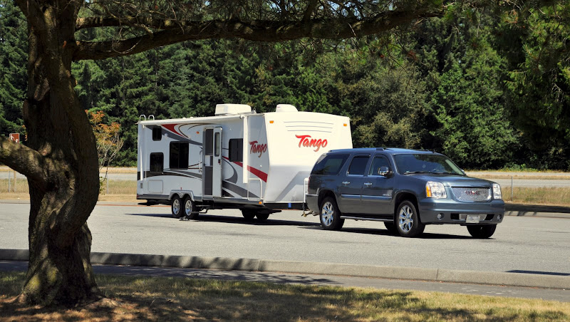 GMC Yukon XL Denali & Tango 289BH Travel Trailer