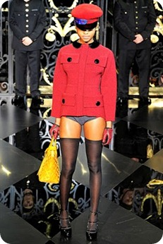 Louis-Vuitton-Fall-RTW-2011