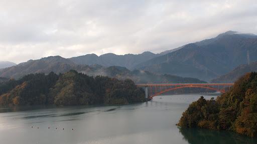 [写真]宮ヶ瀬湖