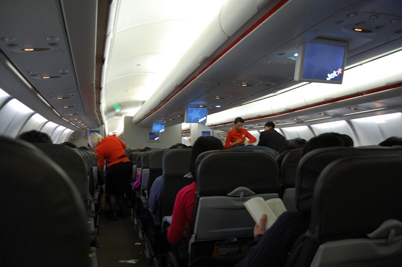 ジェットスター航空機内の写真