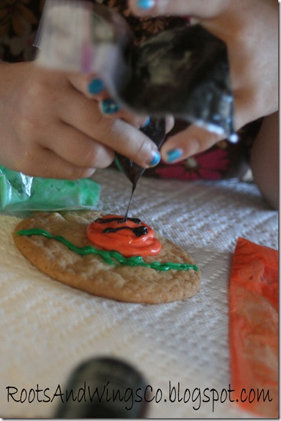 halloween cookie decorating i