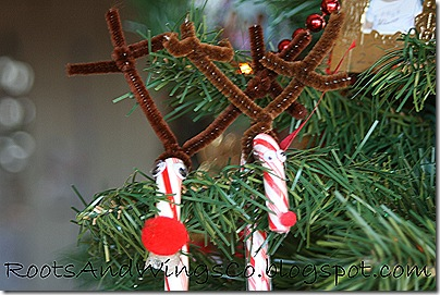 rudolf reindeer candy cane b