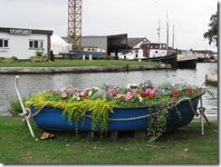 IMG_0031 flower boat