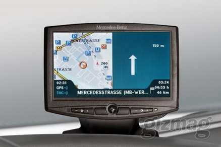 mercedes-benz-truck-navigation-system-2