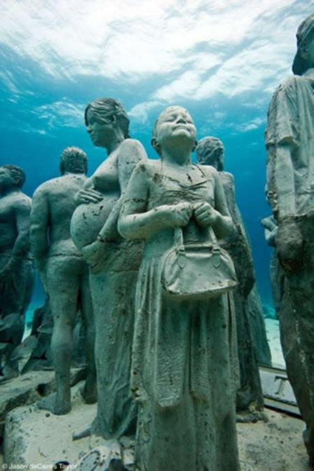 Escultura sub6