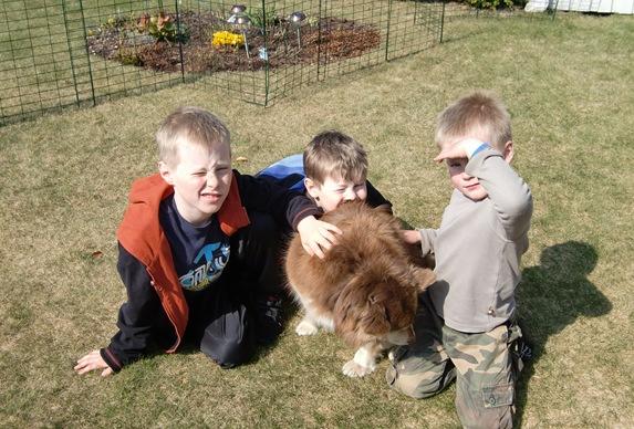 påsken 2011,barn og Oda003
