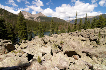 glacial deposit boulders above Fern Lake
