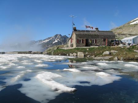 Le refuge d'Arrémoulit dans la vallée d'Ossau dans les Pyrénées
