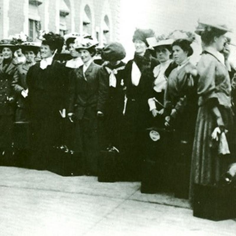 Internet Brides, circa 1907