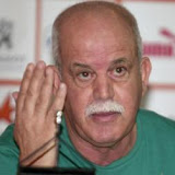 Il met fin aux rumeurs concernant le milieu de terrain de Wolverhampton, Saâdane : «Je suis en contact permanant avec Gu