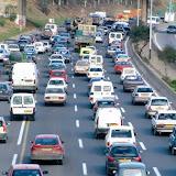 Automobile, Reprendre le contrôle du marché algérien