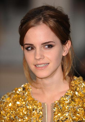 Pictures: Emma Watson Show: Burberry's Spring/Summer catwalk show