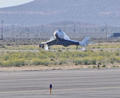 spaceshiptwo-longest-flight-test-landing-april22