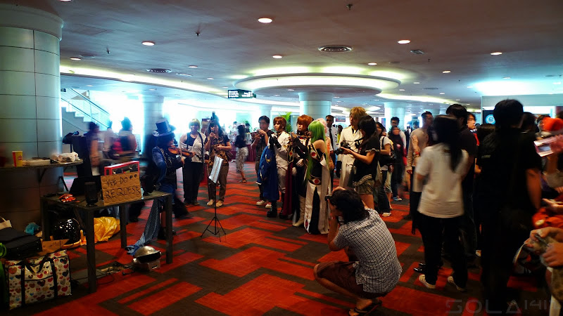 Comic Fiesta Day 1 cosplay and performance