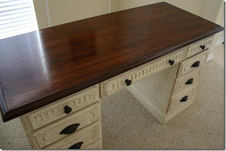 Desk22