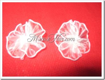 Florecitas hechas con cintas - ¡Manualidad súper fácil!