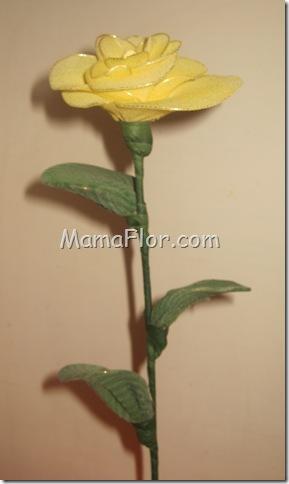 Reciclaje: Rosas con Medias de Nylón
