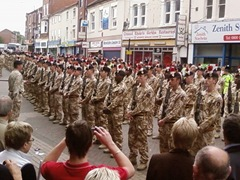 Fusiliers march through Nuneaton (May 2009) 12