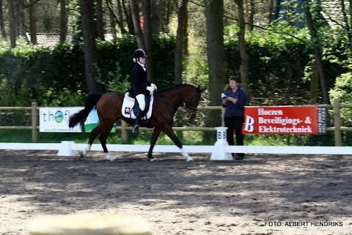 dressuurwedstrijd pony's overloon 09-04-2011 (13).JPG