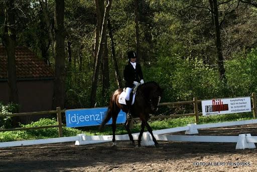 dressuurwedstrijd pony's overloon 09-04-2011 (6).JPG