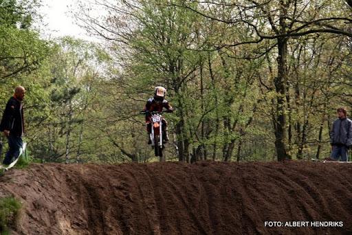 jeugdcompetitie jeugdmotorcross 16-04-2011 (24).JPG