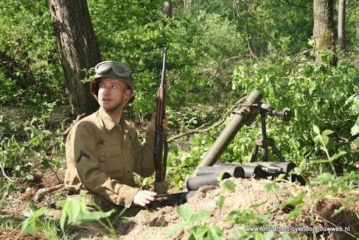 remember overloon herhaling van vergeten slag 08-05-2011 (21).JPG