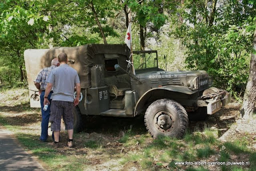 remember overloon herhaling van vergeten slag 08-05-2011 (29).JPG