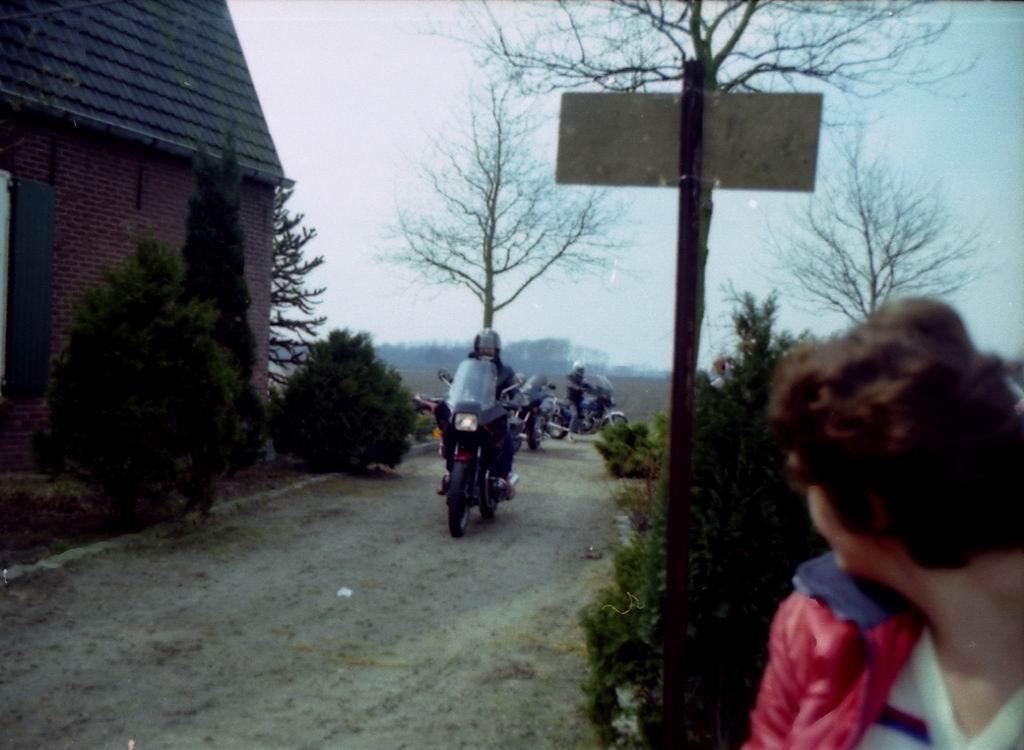 1983 - Kruikentreffen - Helvoirt 1-22.jpg