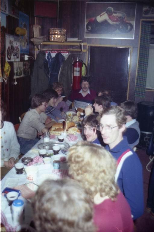 1982 - DMV - MCM Zaalvoetbal 2-22.jpg