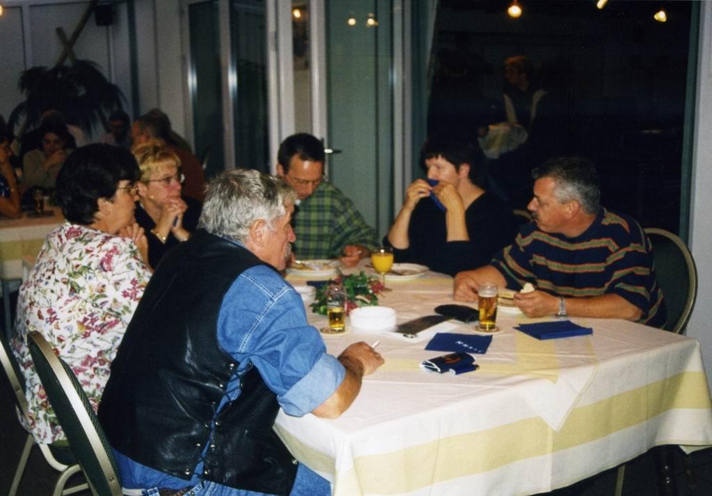1997 - 25 jaar Kalverstraat 123.jpg