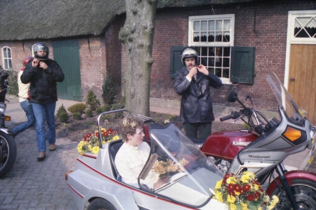 1982 - Huwelijk Tiny & Marja v.Pinxsteren 05.jpg