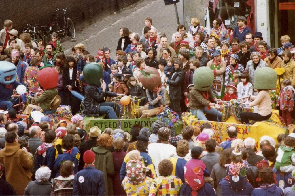 1980 - Treintje 00.jpg