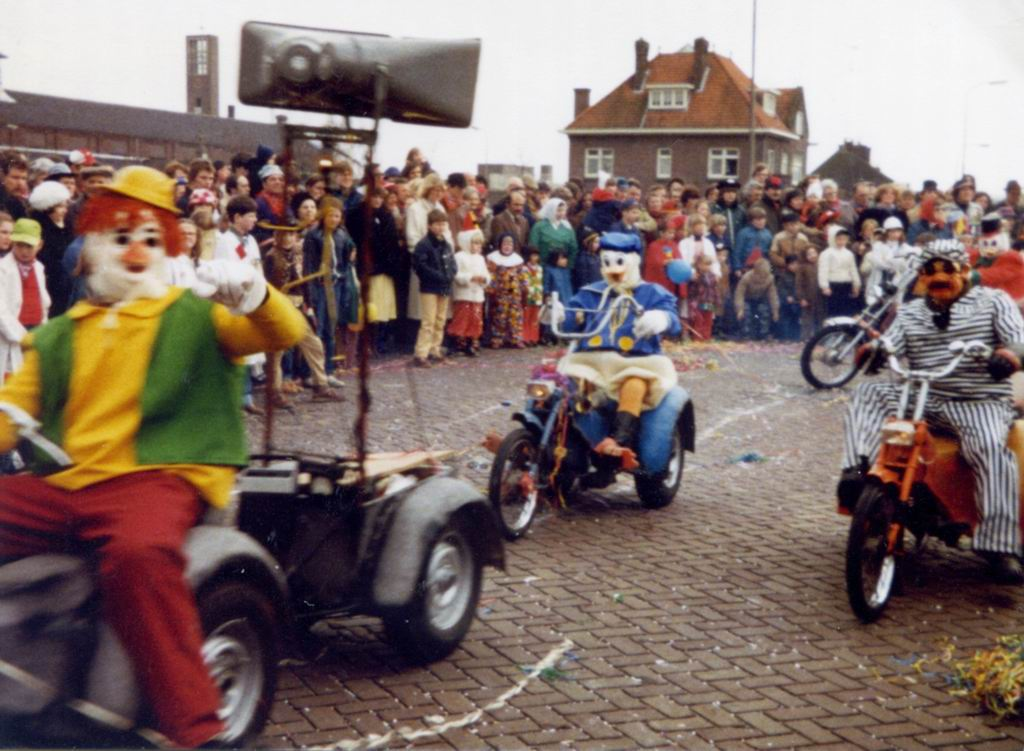 1981 - Carnaval 04.jpg