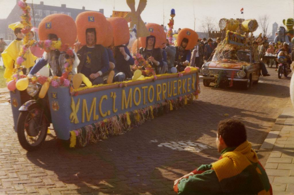 1976 - Carnaval 02.jpg