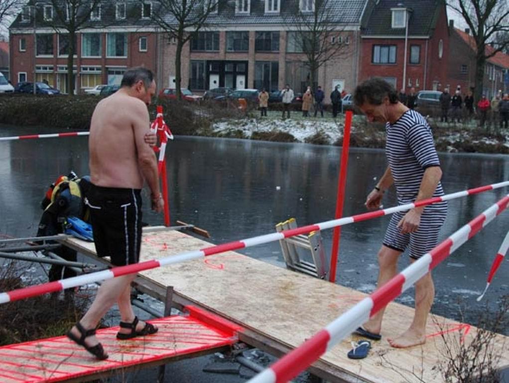 2009 - Nieuwjaarsduik 42.jpg